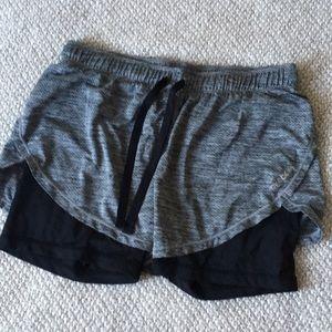 REEBOK gray/black shorts